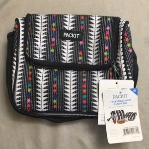 Other - BNWT PackIt Freezable Soho Lunch Bag PKT-SO-SPM